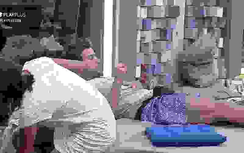 """Mariano fala sobre """"vender"""" o banho - A Fazenda 12"""